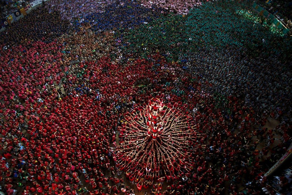 YE Spain Human Tower