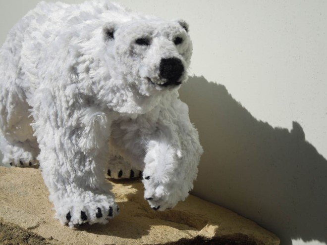 Animal Sculptures Made Entirely Out of Pipe Cleaners (2)