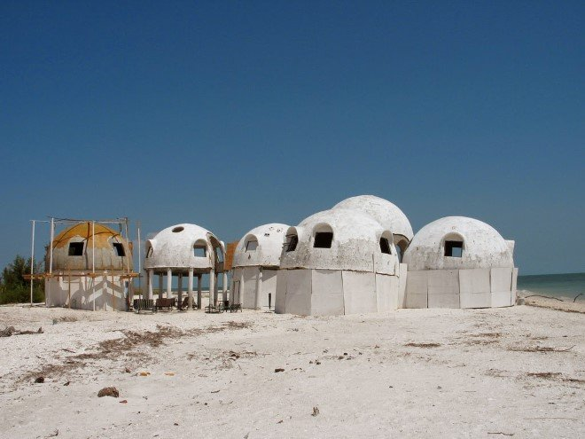 Mysterious Dome Houses (1)