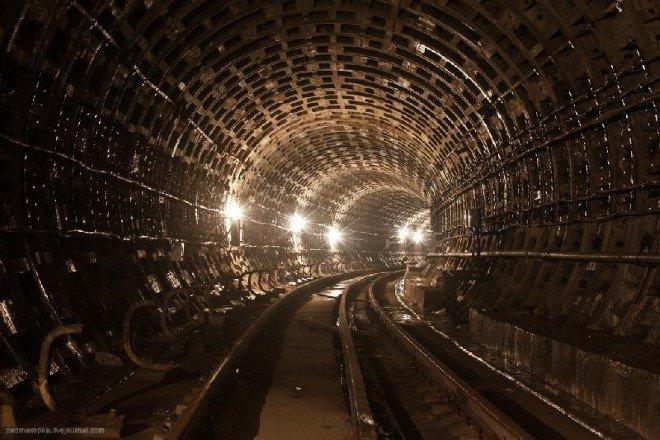 Subway Tunnel, Ukraine (2)
