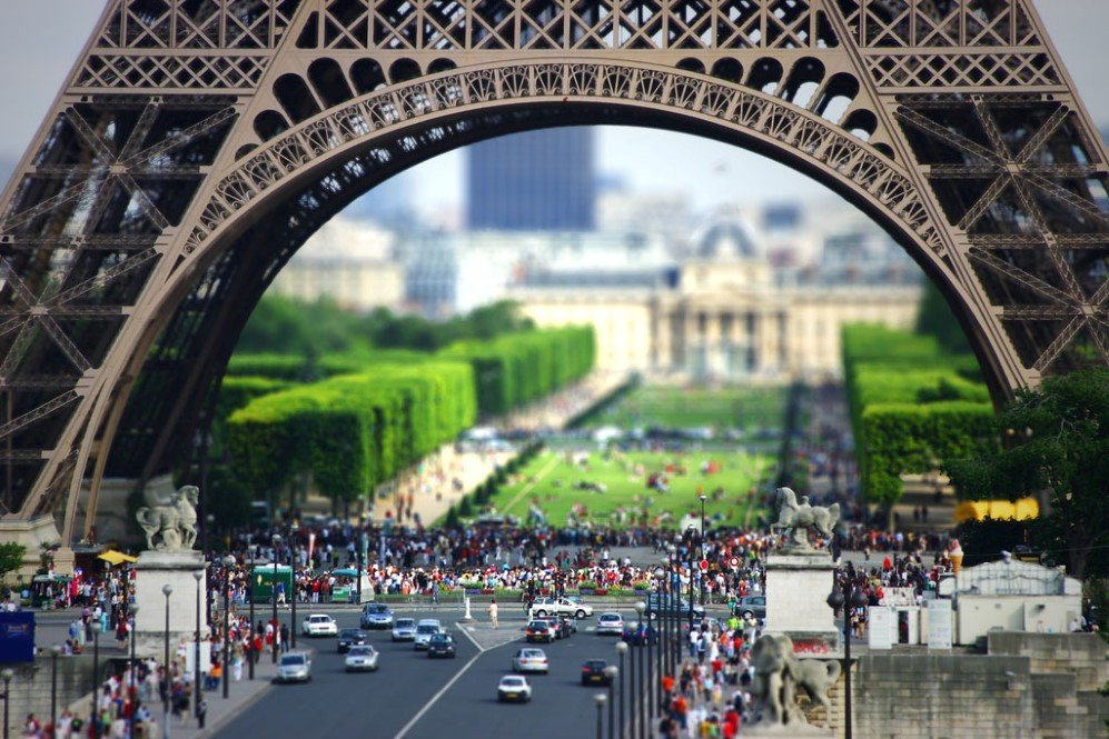 Eiffel Tower by Arnar Birgisson