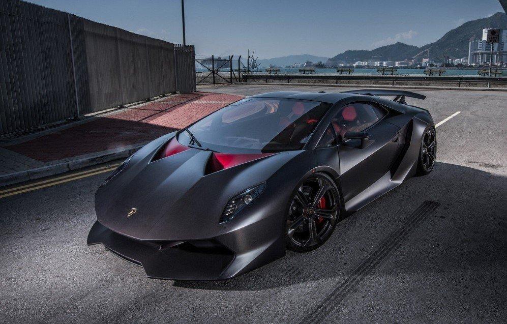 Lamborghini Sesto Elemento (1)