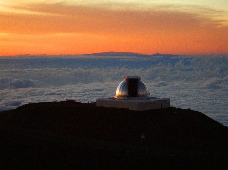 NASA Infrared Telescope Facility IRTF; Mauna Kea
