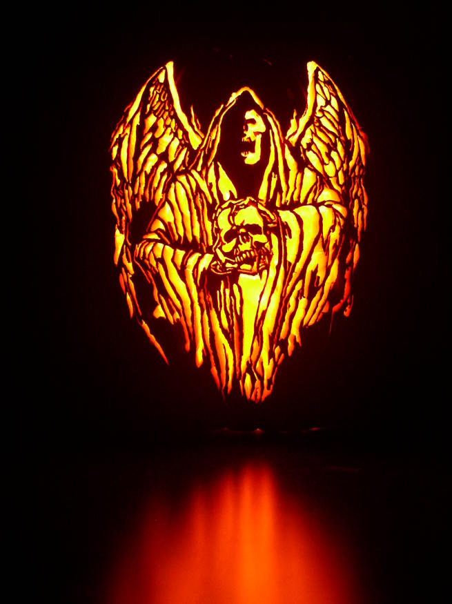 Cool, creative and intricate Pumpkin Carvings by Mark Ratliff