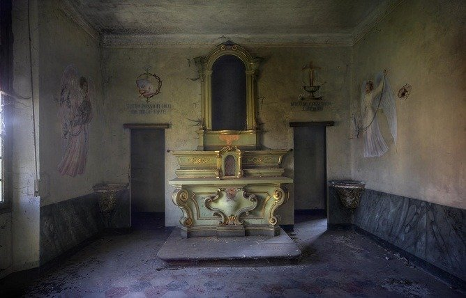 A room in an abandoned orphanage.