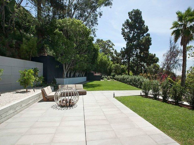 Strikingly Fabulous Estate on Sunset Strip  (10)