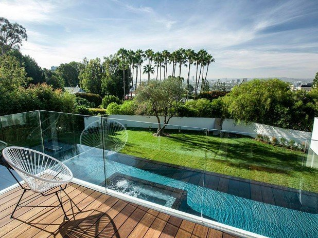 Strikingly Fabulous Estate on Sunset Strip  (9)