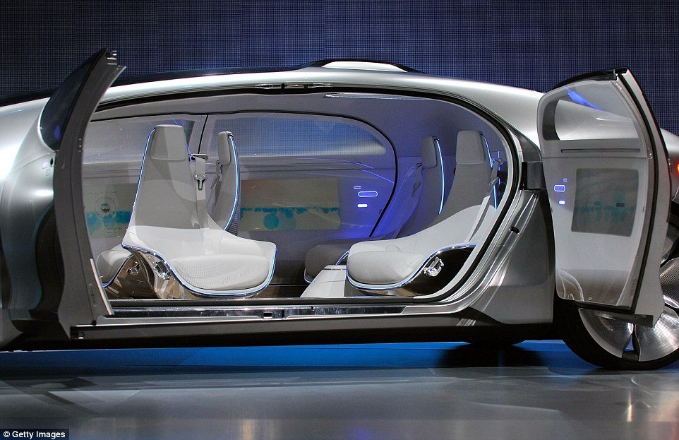 2471172800000578-2898517-Mercedes_car_meanwhile_has_space_for_four_and_uses_swivel_chairs-a-3_1420538581310