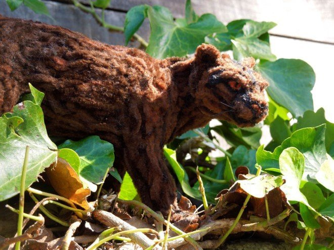 Animal Sculptures Made Entirely Out of Pipe Cleaners (3)