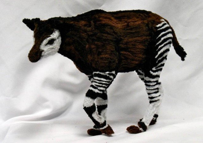 Animal Sculptures Made Entirely Out of Pipe Cleaners (5)