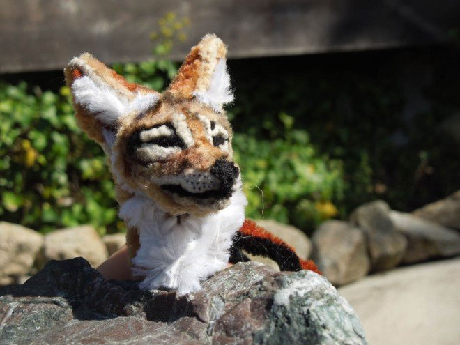 Animal Sculptures Made Entirely Out of Pipe Cleaners (7)