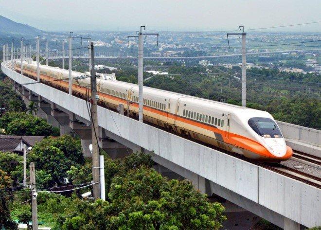 Fastest Trains (10)