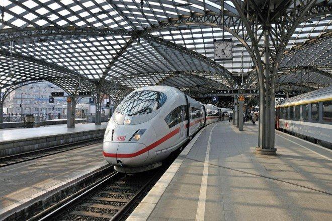 Fastest Trains (3)