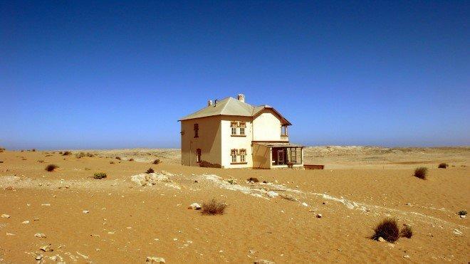 Kolmanskop, Namibia (2)