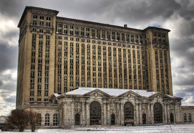 Michigan Central Station, USA (1)