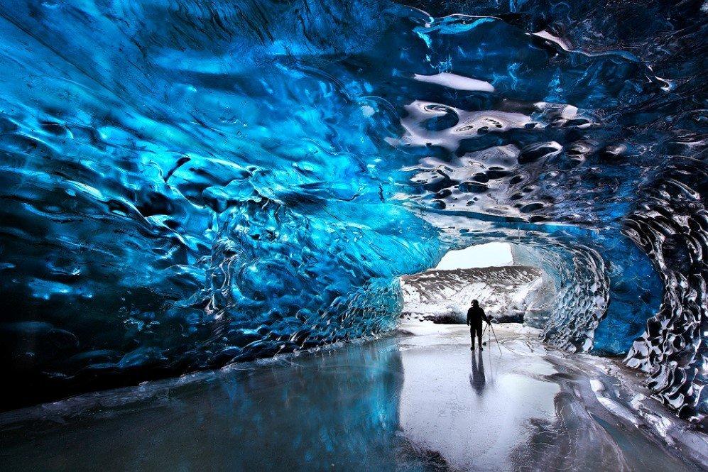 Kverkfjöll Glacier Cave, Iceland (2)