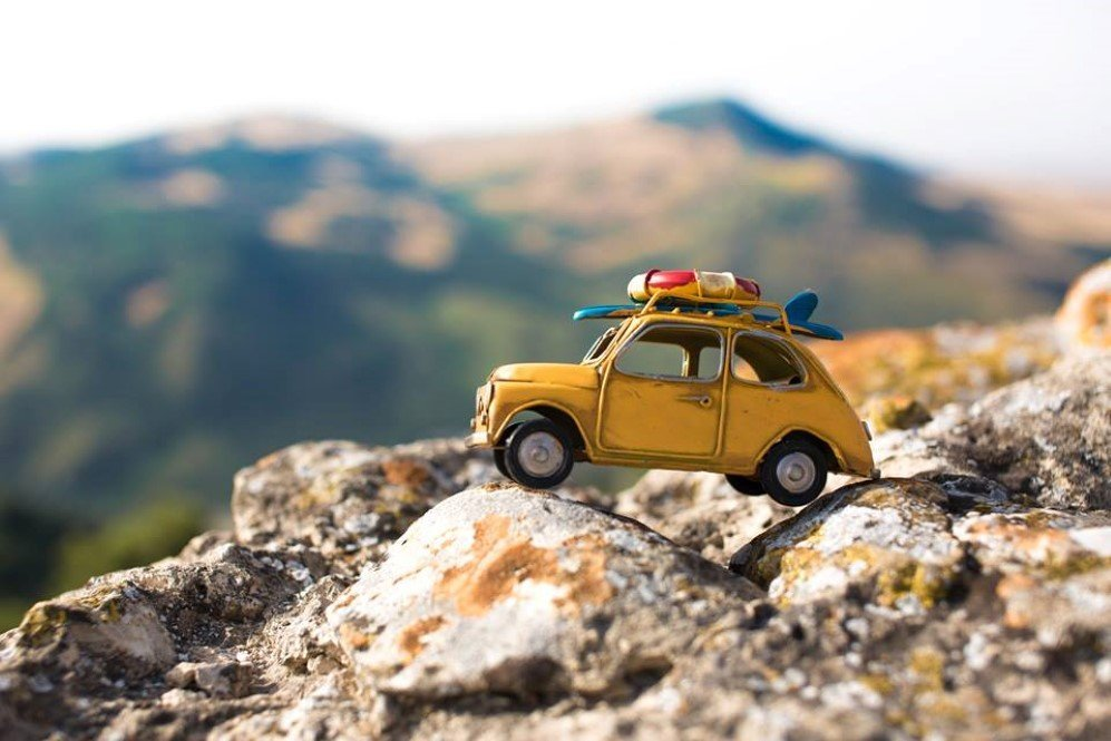 Photographer Takes Tiny Toy Cars On Adventurous Rides Rumblerum