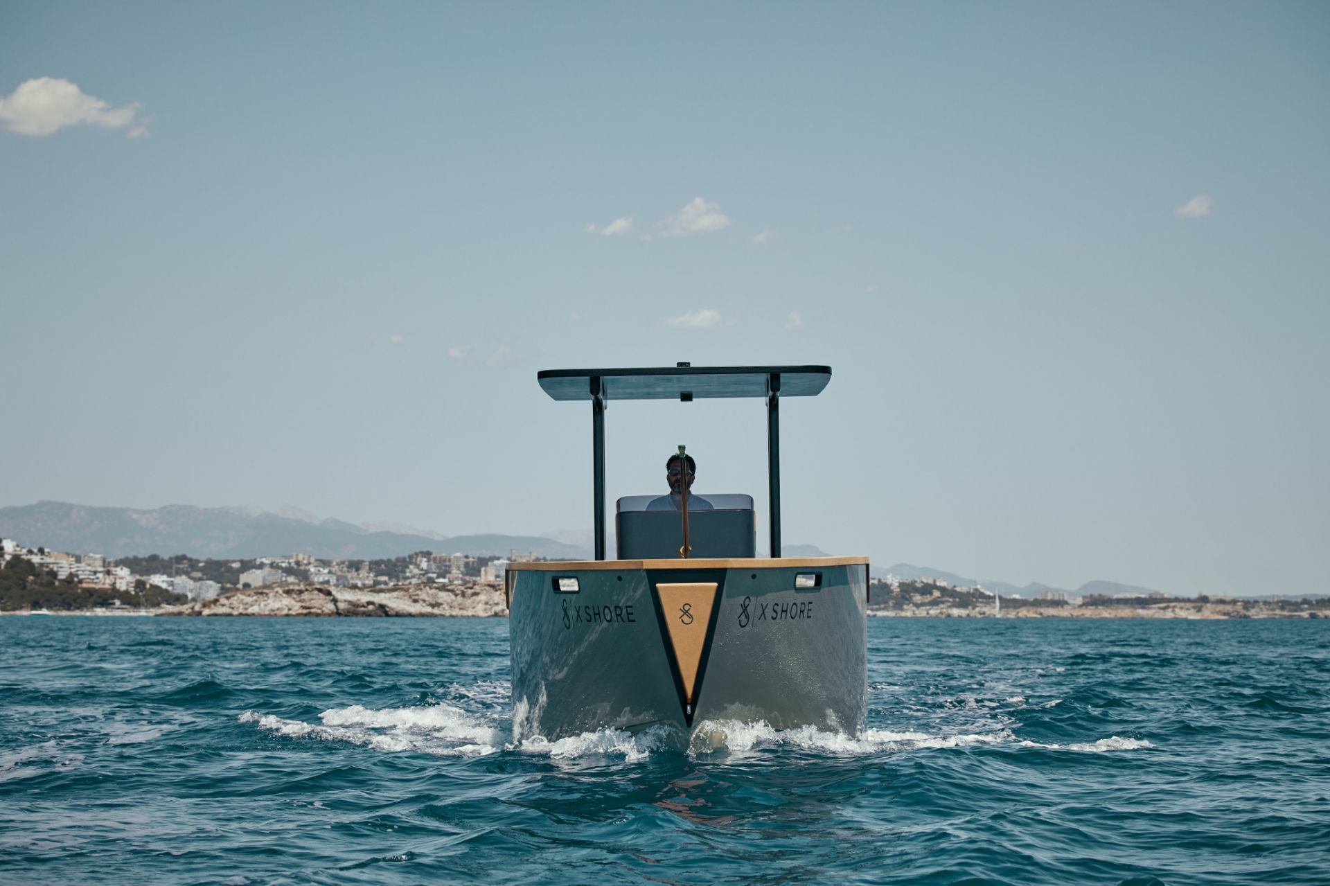 x shore electric boat yacht
