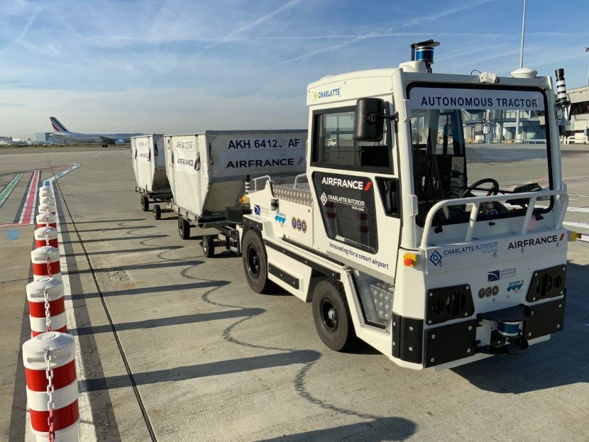 AT135 Baggage Tractor