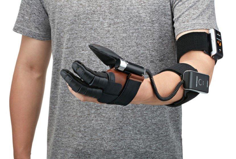 NeoMano robotic hand Glove