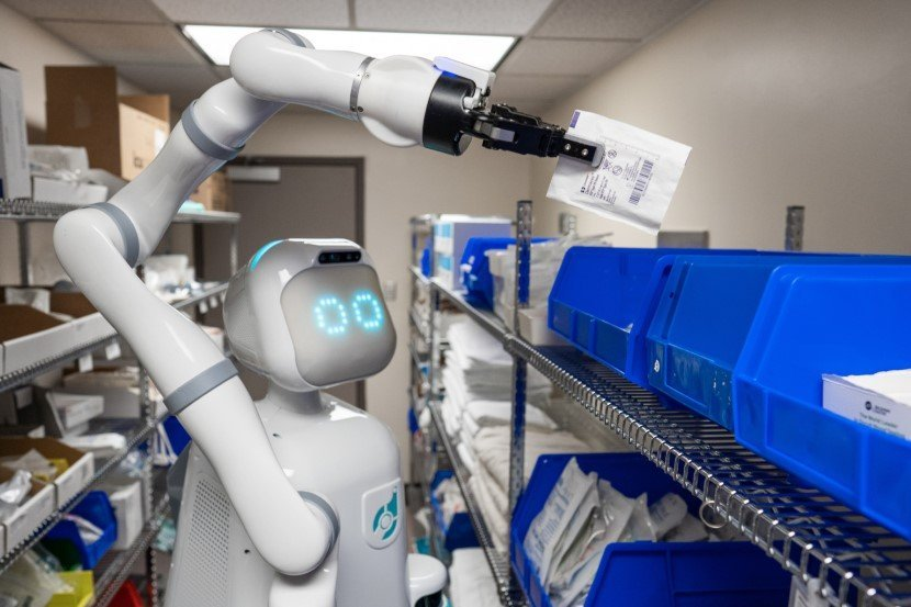Humanoid Robot Nurse Helper Moxi