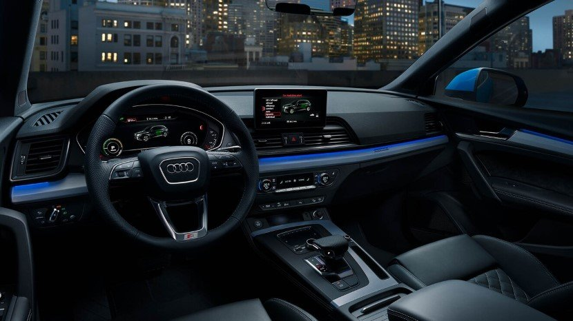Hybrid Cars - Audi Q5 55 TFSI e